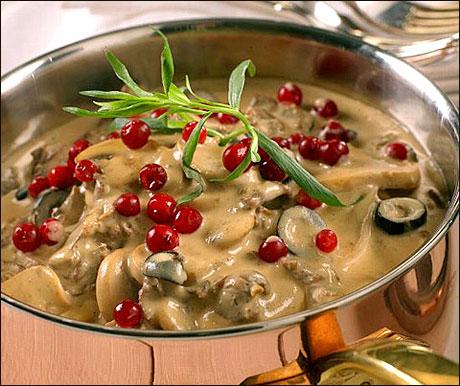 Finnbiffgryte med sopp og oliven