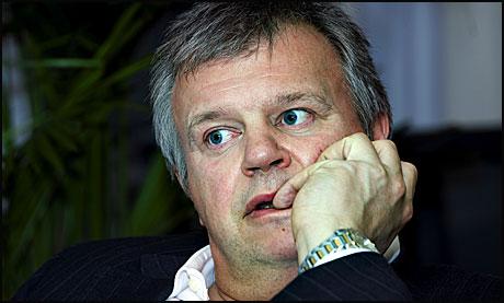 Bjarne Håkons Hanssen, kalt pølsa er igjen medieeksponert, nå for valpe-død og fordervelse! thumbnail