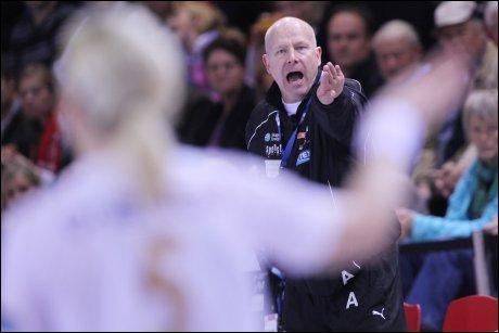 VIL KJEMPE I RETTEN: Eks-trener Karl Erik Bøhn er i konflikt med sin tidligere klubb. Foto: Scanpix