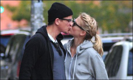 Sophia Lie klinte til med Josh Hartnett, hun nyter romantikken i New York! thumbnail