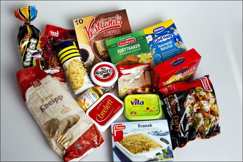 DAGLIGVARER: Dette er bare et lite utvalg av matvarene som inneholder den omstridte, helseskadelige palmeoljen. Som oftest st�r det ingenting om oljen p� matvareemballasjen. Foto: Jan Petter Lynau, VG