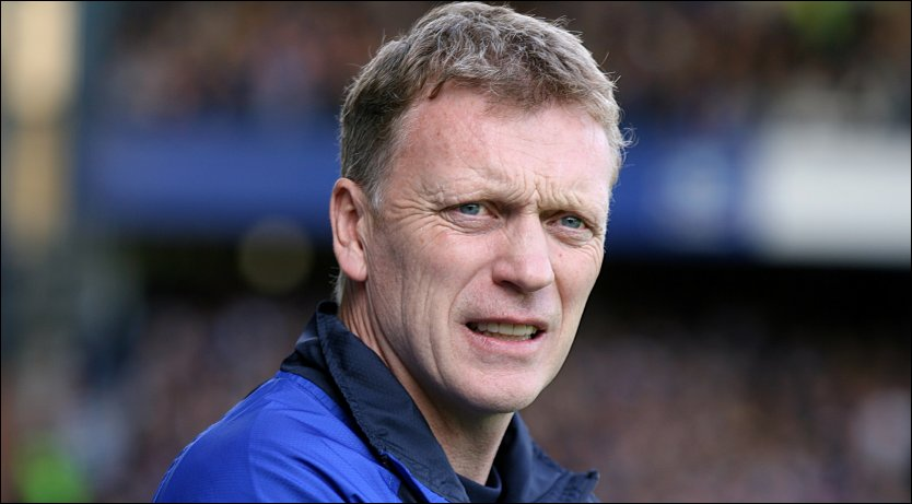 TOTTENHAM-AKTUELL? Everton-manager David Moyes sier det ikke har v&aelig;rt noen kontakt mellom ham og Tottenham for den ledige jobben som manager i klubben. Foto: Pa Photos