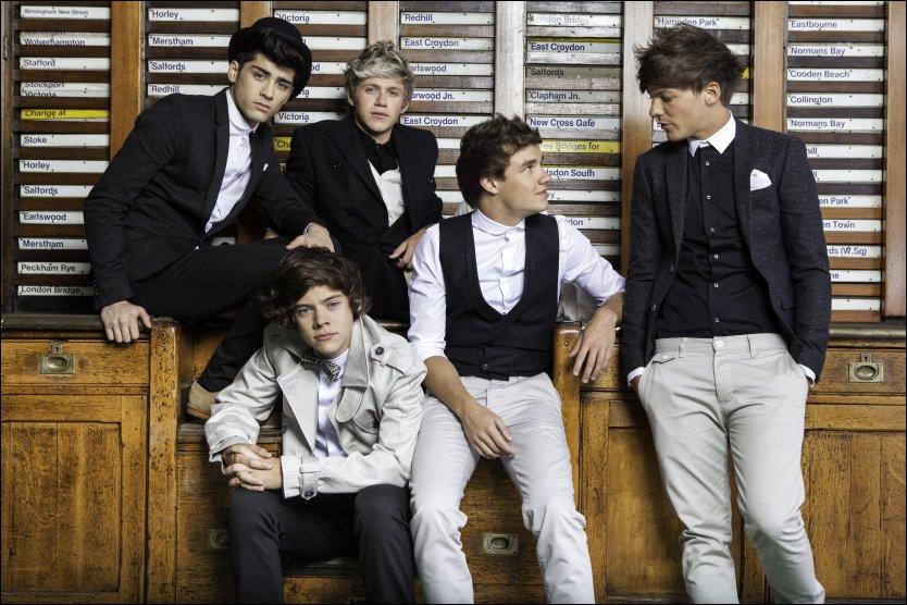 KJEKKE KARER: Men One Direction skuffer på sitt andre album. Fra venstre: Zayn Malik, Harry Styles, Niall Horan, Liam Payne og Louis Tomlinson. Foto: Sony