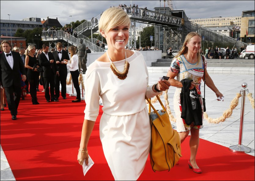 KJENDIS-KOMIKER: Skuespiller Sigrid Bonde Tusvik ankommer festpremieren for filmen Kon-Tiki på Operaen. Foto: ERLEND AAS / NTB SCANPIX